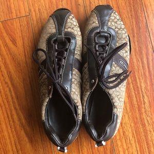 Coach sz 8M lace up shoes